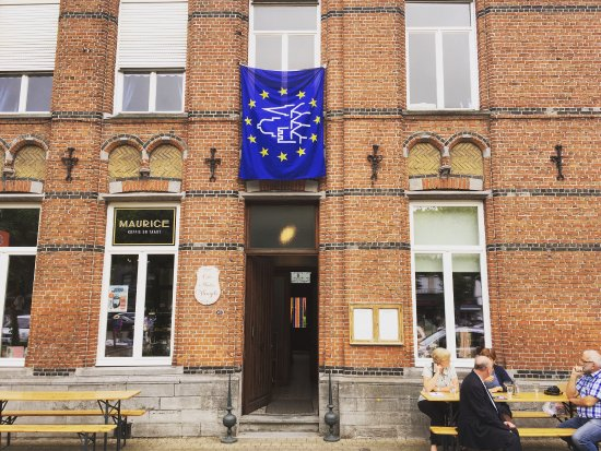 Zelzate, Belçika: Maurice koffie en taart