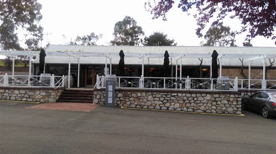 Angaston, Австралия: Entrance to Salters Kitchen and wine tasting