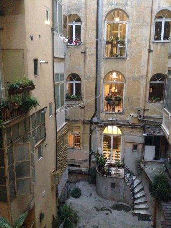 Aklesia Suite B&B - Colosseo: Hotelové átrium