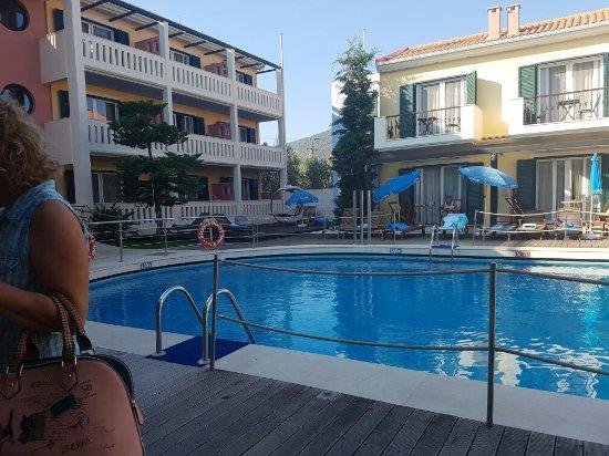 Hotel Captain Stavros: 20160915_171445_large.jpg