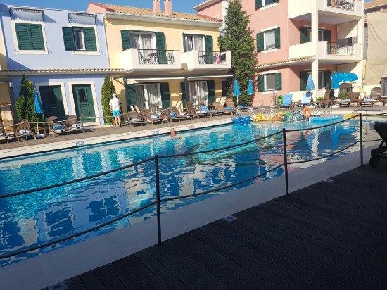 Hotel Captain Stavros: 20160915_171508_large.jpg