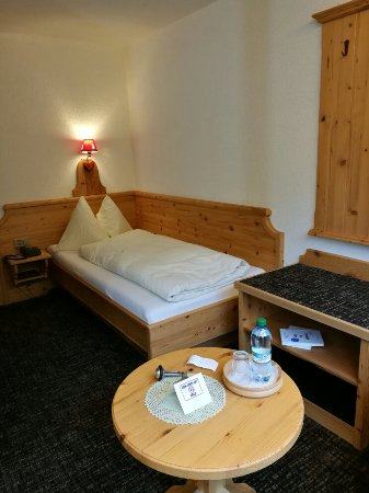 Hotel Restaurant Alpina Grindelwald: IMG_20160904_171334_large.jpg