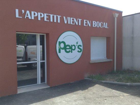 La Chapelle-sur-Erdre, France : Façade
