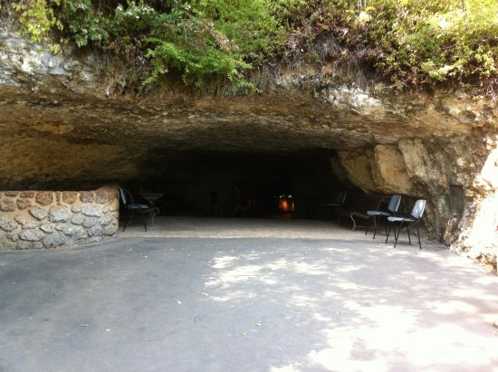 Rouffignac-Saint-Cernin-de-Reilhac, Francia: L'entree de la grotte