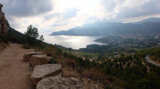Provence-Alpes-Cote d'Azur, France: Route des Cretes n°1