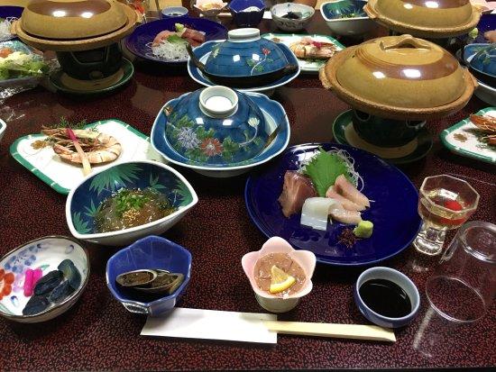 Uomoto: 料理旅館 魚元