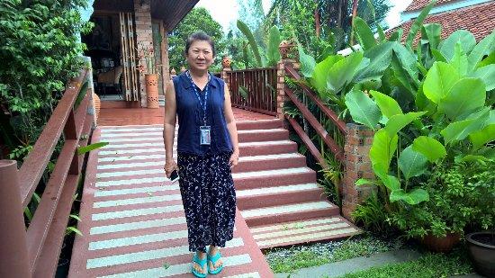 Seapines Villa Liberg: Delightful Pojjana and her lovely resort