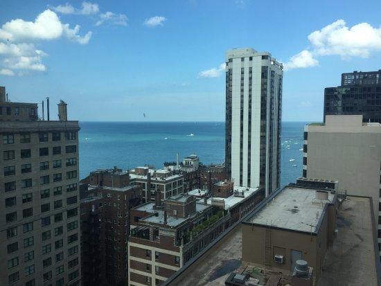 Hilton Chicago/Magnificent Mile Suites: room view