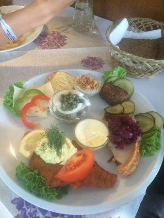 Taarnby Municipality, Danemark : Stjerneskud, og frokost platte