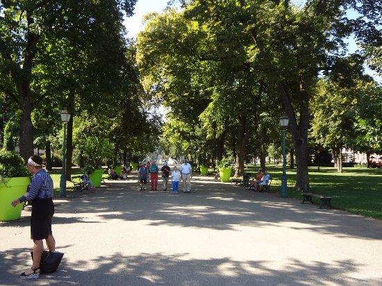 Parc du Champ-de-Mars et fontaine Bruat au fond - Picture of ...