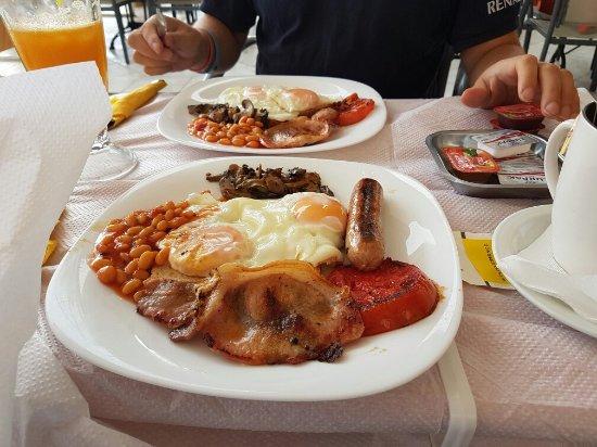 Enjoy the Food : 20160918_094100_large.jpg