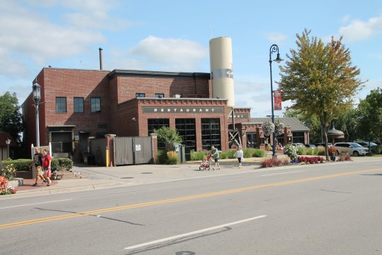 Frankenmuth Brewery : Street view