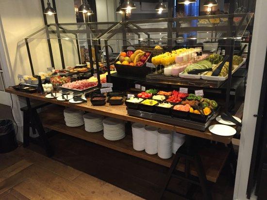 Hotel Granvia : Une partie du buffet déjeuner
