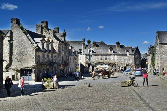 Locronan, ฝรั่งเศส: retour au moyen age !
