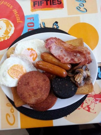 Brighouse, UK: Mega Breakfast