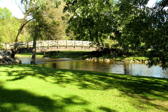 Foto de Cedarburg Covered Bridge