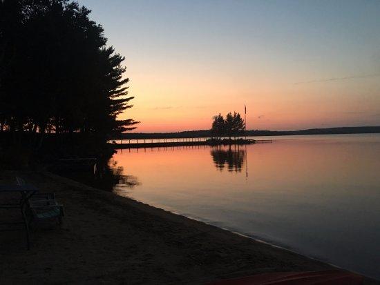 Sundridge, Canada: Sunset is a magical time