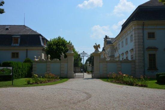 Halbturn, Österreich: View of the entrance
