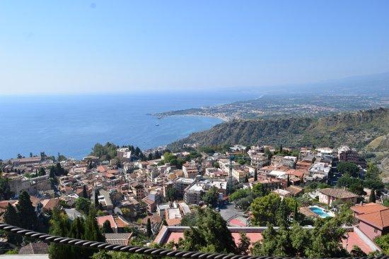 Hotel Villa Ducale: Vista desde el comedor