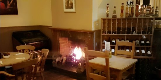 Ticehurst, UK: Fireplace