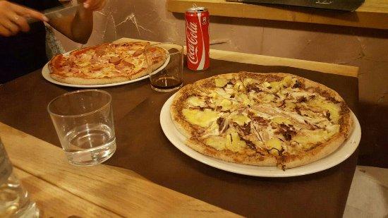 Maslianico, Italia: Pizze