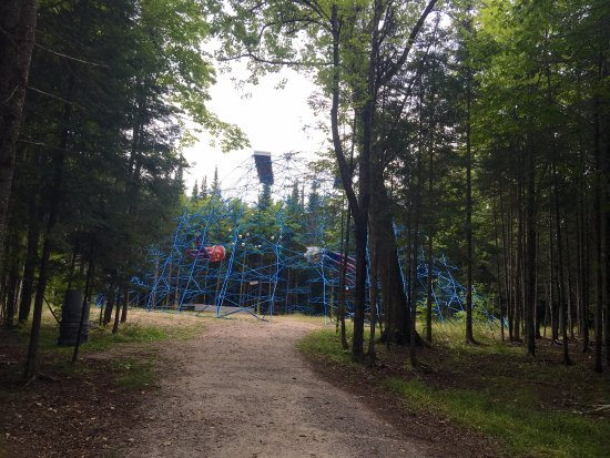 Burk's Falls, Canadá: Vast Property With Surprises Everywhere