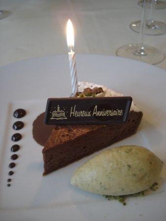 Bruneau Restaurant: Tarte au chocolat amer - met attentie voor de jarige!