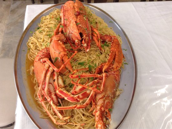 Batsi, Grækenland: Fresh fish ,lobsters and small occasions for weddings and baptisms only at stamatis taverna ,eve