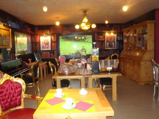 Les Rousses, Prancis: salon petits déjeuners