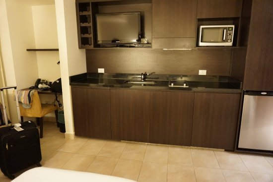 Palermo Place by P Hotels: kitchen area