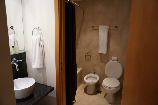 Palermo Place by P Hotels: bathroom