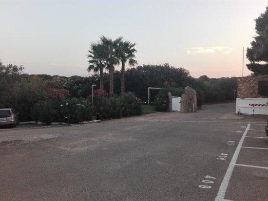 Capo Ceraso Resort: Parcheggio
