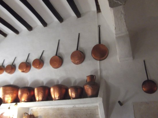 Consell, España: Highly polished pots and pans