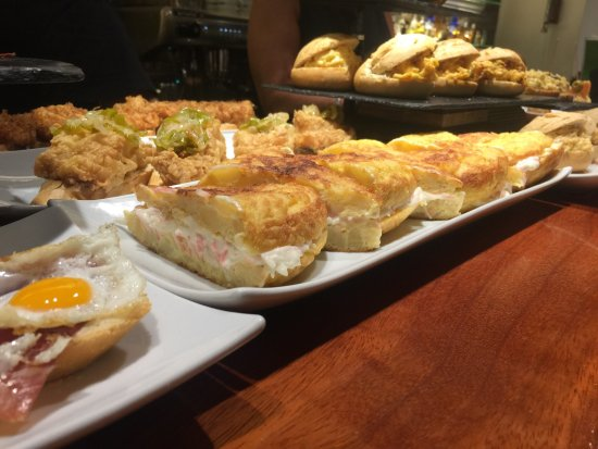 Restaurante iombi en san sebasti n con cocina otras - Cocinas san sebastian ...