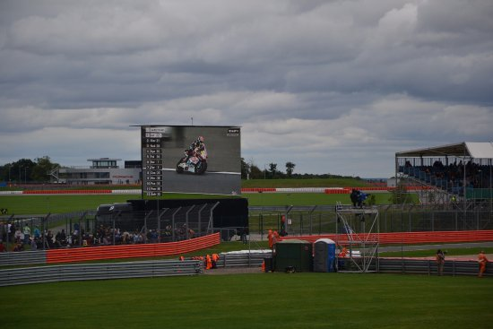 Silverstone, UK: The large TV screen