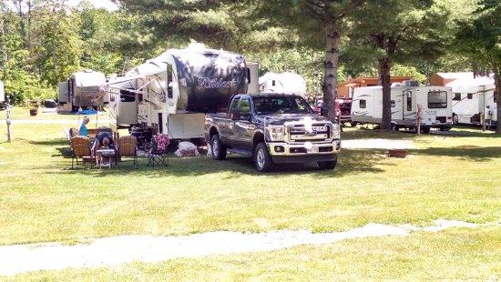 Skowhegan, เมน: pull through camp site