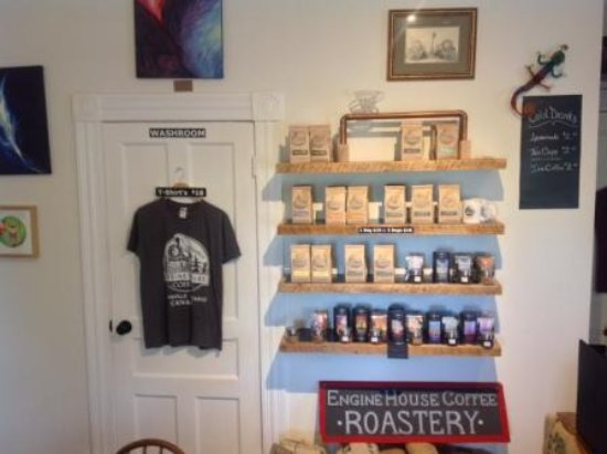Eganville, Canada: organic coffee and tea.