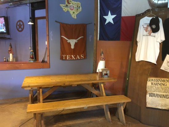 Cold Spring, estado de Nueva York: Round Up Texas BBQ - inside (3)