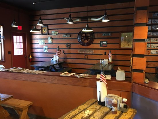 Cold Spring, estado de Nueva York: Round Up Texas BBQ - inside (4)