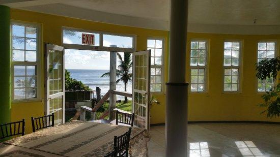 Sea Breeze Inn : De jour c'est plus sympa