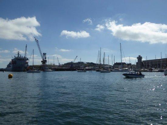 Der Hafen von Falmouth vom Park&Float Boot aus
