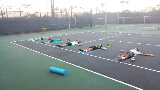 Palm Desert, CA: Yoga activities offered