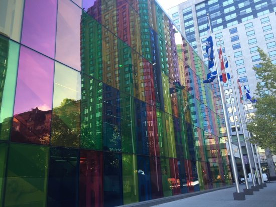 Le Westin Montreal: FRENTE AL HOTEL