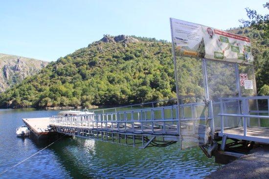 Nogueira de Ramuin, Espanha: acceso al barco