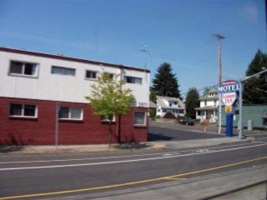 Photo of Economy Inn Portland