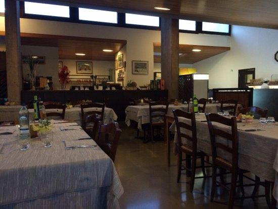 Camponogara, Italia: Interno