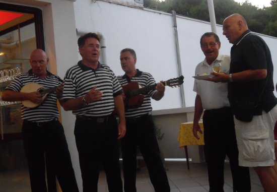 Bozava, Croatia: Dalmatinischer Abend,jeden Donnerstag(gemütlich)