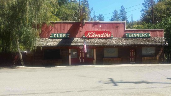 Lakehead, CA: Good old fashion bar, comfortable and reasonable drinks.