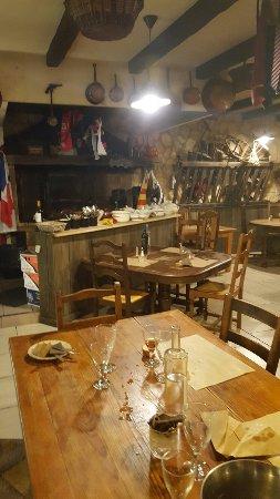 Pieusse, Francia: 20160917_223458_large.jpg