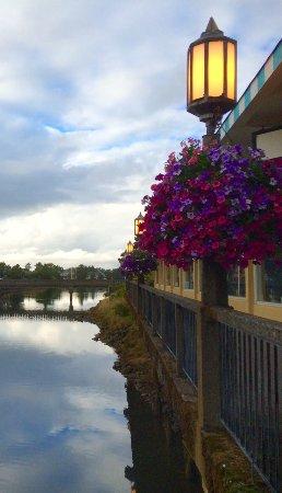 Ocean Front Motel: Necanicum, River~